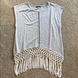 Tart Sleveless Gray Printed Fringe Knit Top